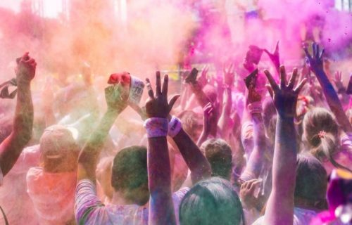 no mcat med school Raises Diabetes Awareness With Community Color Run